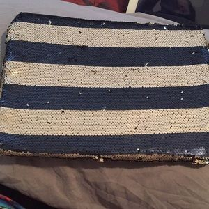 Reversible sequin laptop sleeve